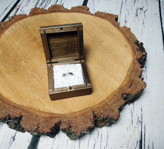 Mariage - Rustic engagement ring box, wedding pillow rustic looking old vintage rustic wedding cotton lace custom engraved wood burnt writing