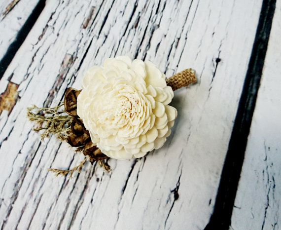 Mariage - Cream brown rustic wedding Rustic BOUTONNIERE / CORSAGE groom groomsman, Sola Flower, dried limonium Wedding Flowers custom
