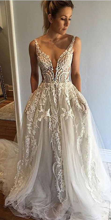 Honorable Deep VNeck Sleeveless Court Train Appliques Wedding