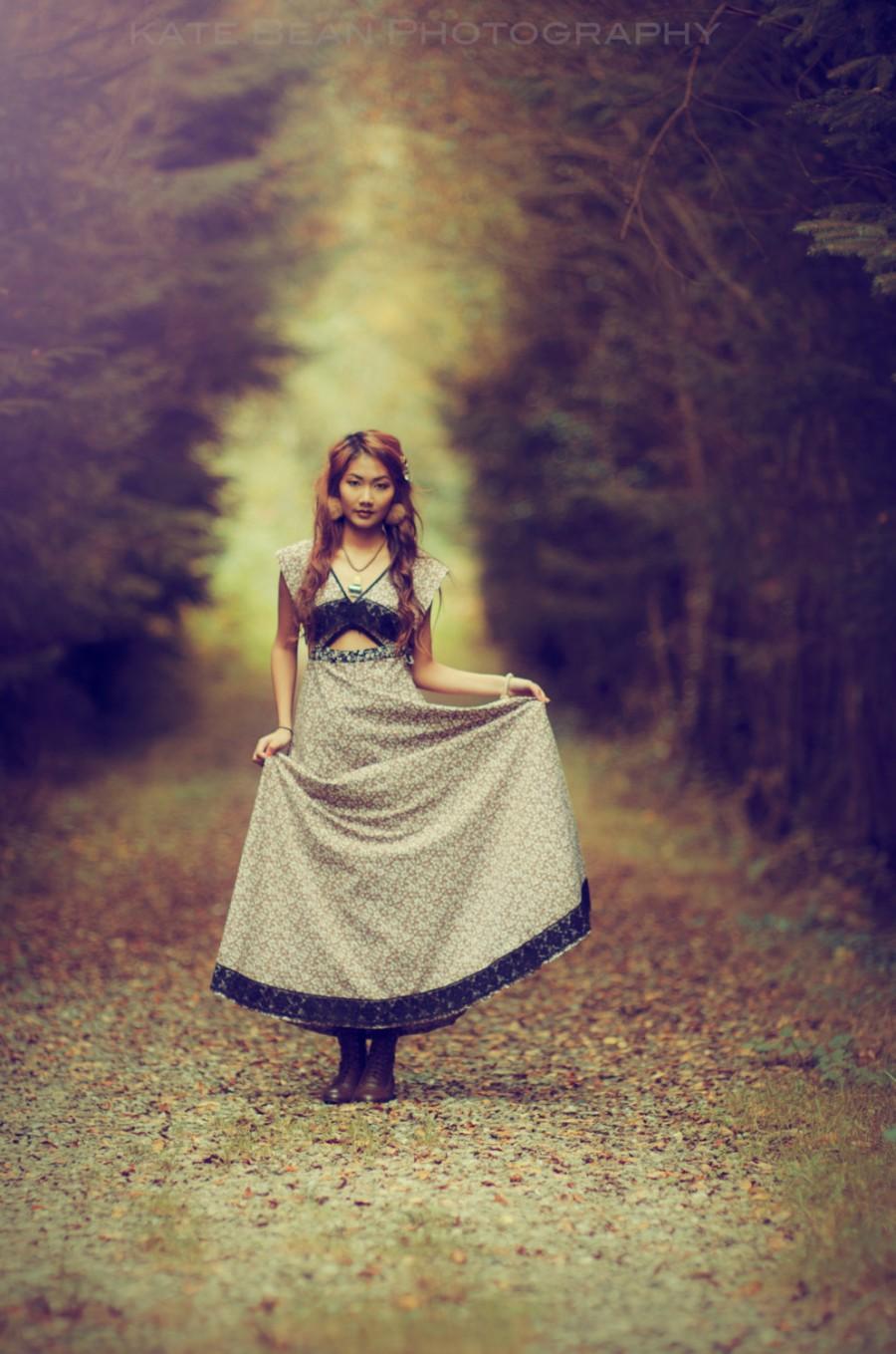 Boda - Brown floral Bridesmaid dress, leaf print dress, vintage bridesmaid dress, brown boho dress, boho lace dress, Autumn Bridesmaid dress