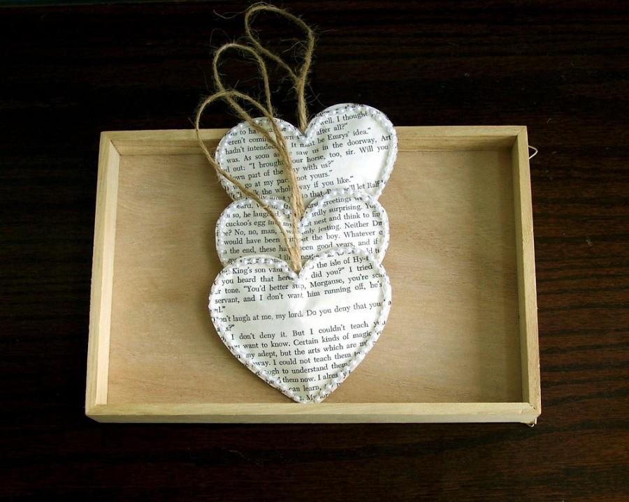 Mariage - Vintage Book Paper Heart Ornaments, Set of 3, Vintage Wedding Decoration, Christmas Wedding, Rustic Wedding Decoration (ITEM: TPG53)
