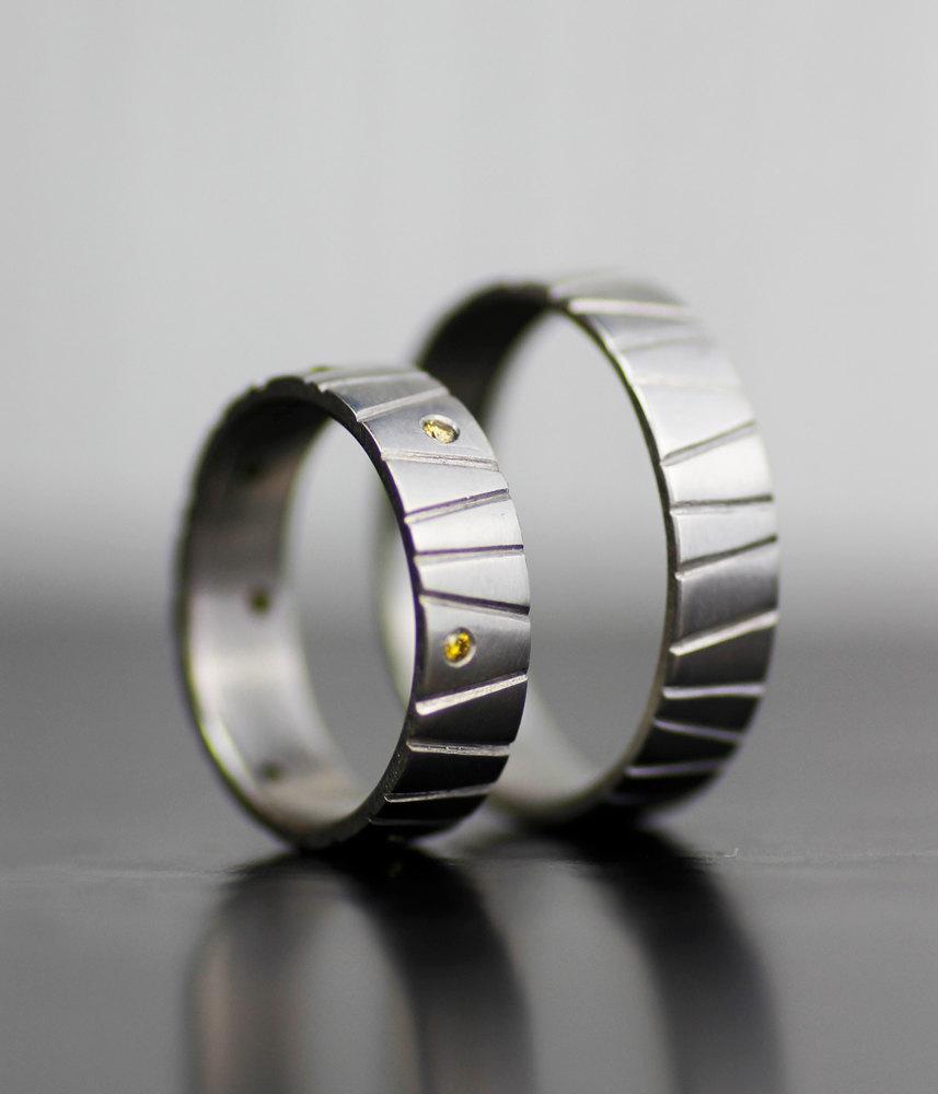 Mariage - alternative modern wedding band set - palladium diamond wedding band - engagement ring set - unique handmade wedding bands - eco-friendly