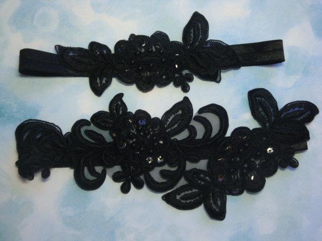 Свадьба - Black Garter Set with Two Beautiful Flowers