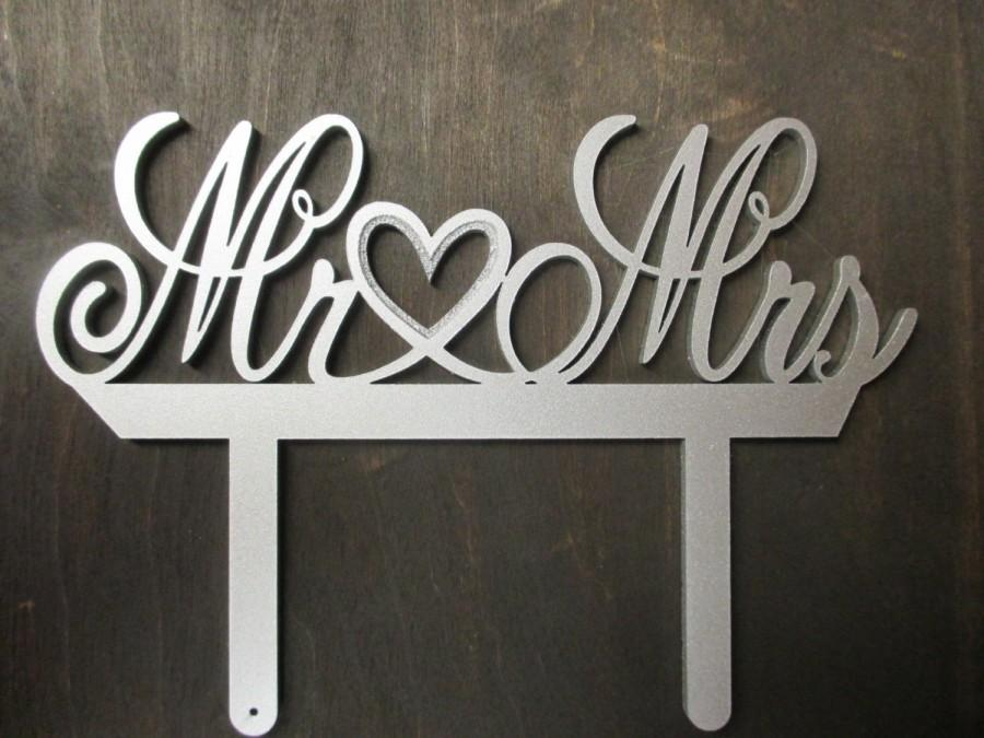 Свадьба - Mr and Mrs Wedding Cake Topper Elegant Metallic Silver Mr & Mrs Wedding Sign Cake Decor Top Hearts Wedding Sign Cake Toppers Decoration I Do