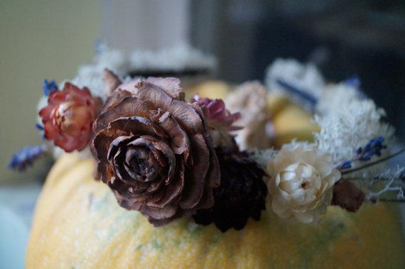 Mariage - Autumn Wedding Dried Flower Crown wedding wreath Floral Headband Bridal Crown Rustic Headband pine cones Floral Head Wreath Hair Accessories