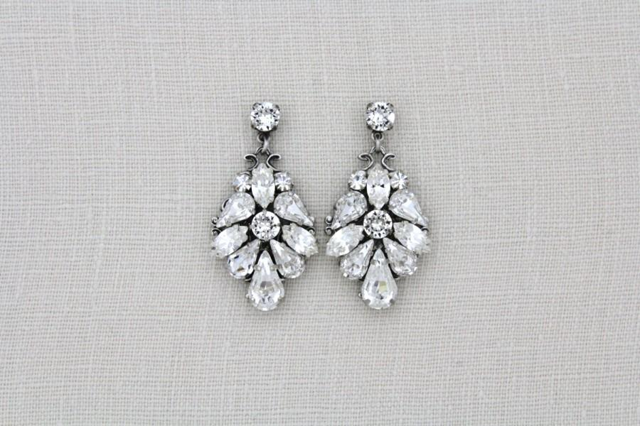 Свадьба - Crystal Bridal earrings, Wedding earrings, Wedding jewelry, Swarovski earrings, Bridal jewelry, Statement earrings, Antique silver earrings