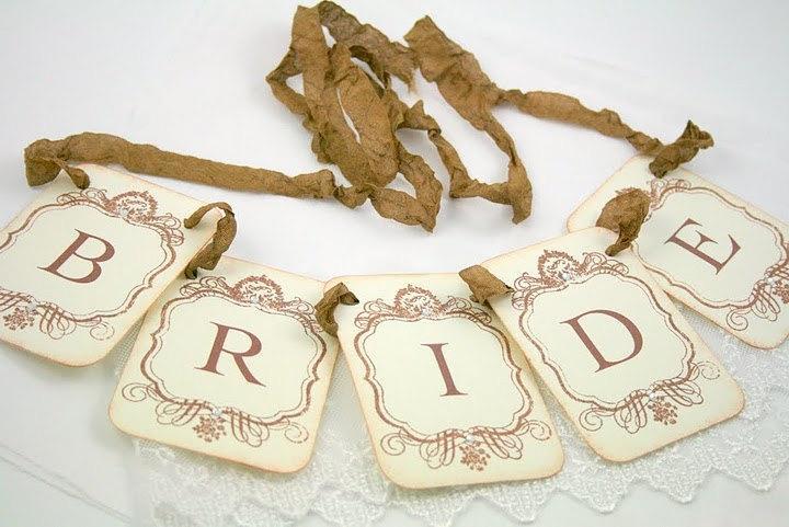Свадьба - Bride Garland / Banner - Petite Vintage Style - Wedding