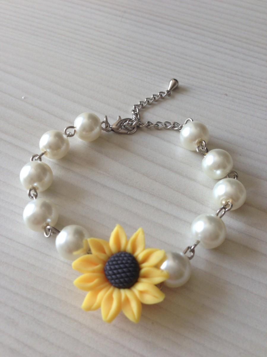 Свадьба - Pearl bracelet with sunflower, sunflower pearl bracelet, bridal bracelet, bridesmaids jewelry, bridal under 25
