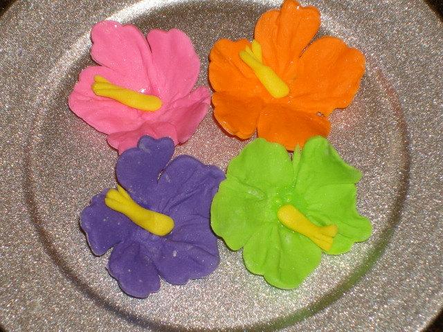 Свадьба - Gumpaste Hibiscus Tropical Cupcake Toppers, Cake Pops, Wedding Cakes, Showers, Birthdays