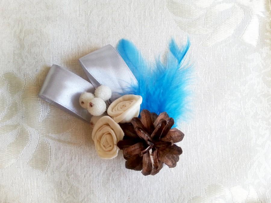 Hochzeit - Winter wedding frozen wonderland boutonniere/corsage Cream Flowers, pine cones, feathers, frozen fruits, sola roses, blue