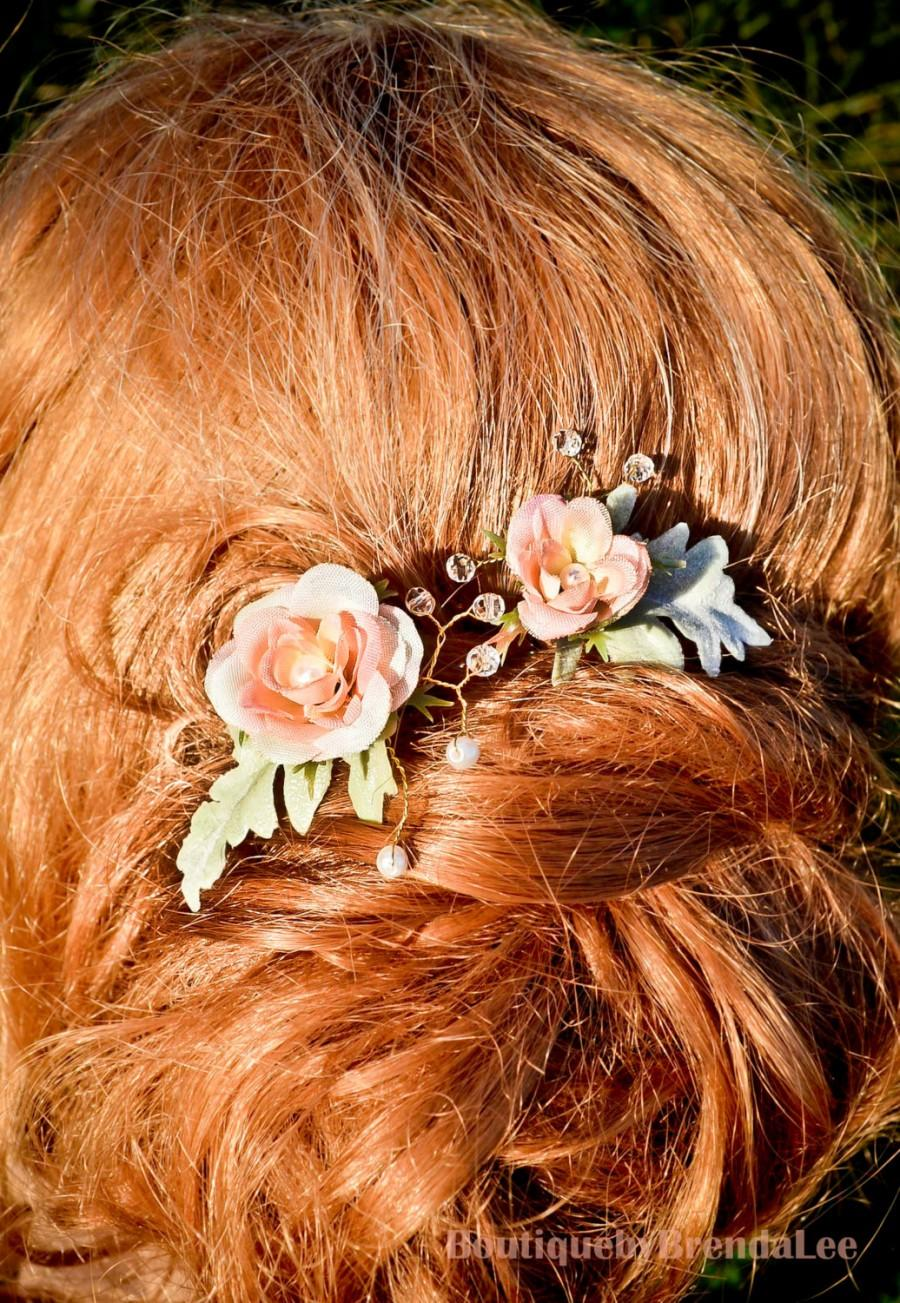 Mariage - A set of 2 Jeweled Flower Pins