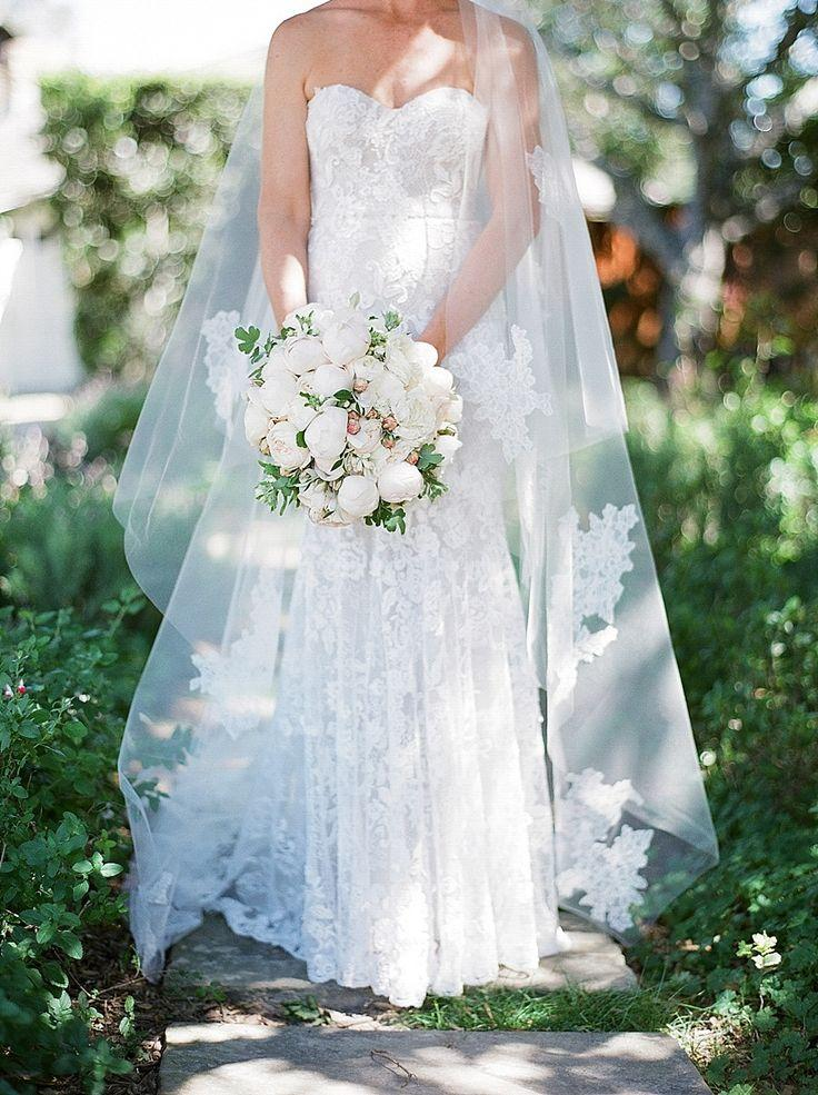 Mariage - The Dreamiest Springtime Ranch Wedding