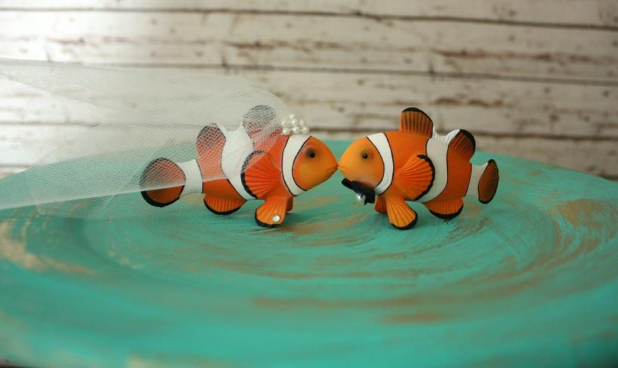 Свадьба - Clown Fish-wedding-bride-groom-Mr and Mrs- Cake Topper-nautical-fish-starfish-Beach Wedding-Destination wedding-Fish Wedding cake topper