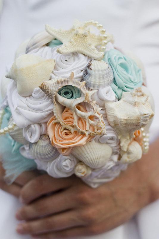 Свадьба - Beach Shell Bouquet, Seashell Bouquet, Aqua and Peach Bouquet, Nautical Theme, Beach Wedding, Under the Sea, Nautical Wedding Bouquet, Coral