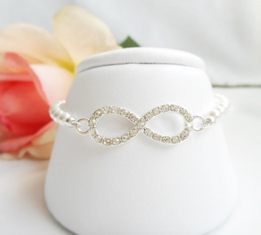 Mariage - FREE United States Shipping Swarovski Pearl And Rhinestone Infinity Bridal Rhinestone Infinity Infinity Bridal Jewelry Bridesmaid Gift