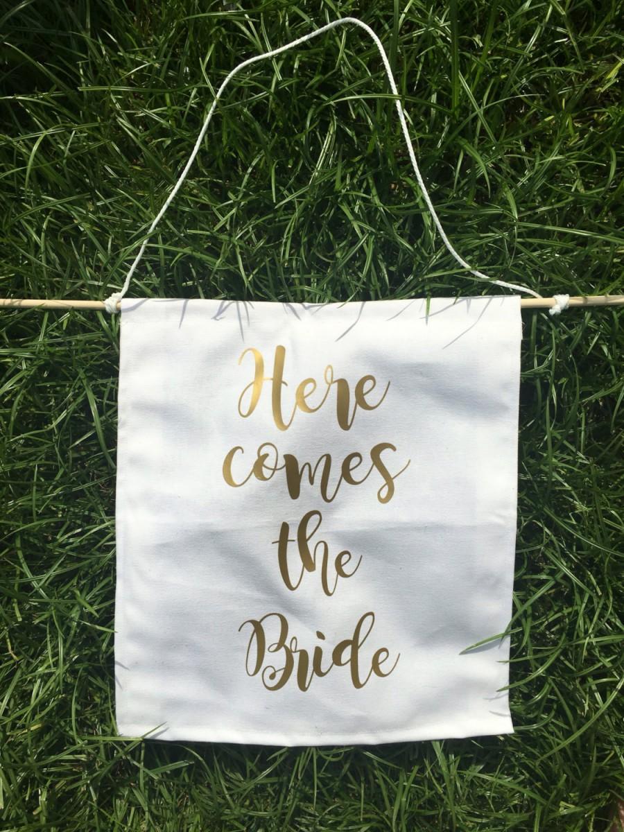 Hochzeit - Here comes the bride banner, here comes the bride sign, Ring Bearer Sign, ring bearer banner