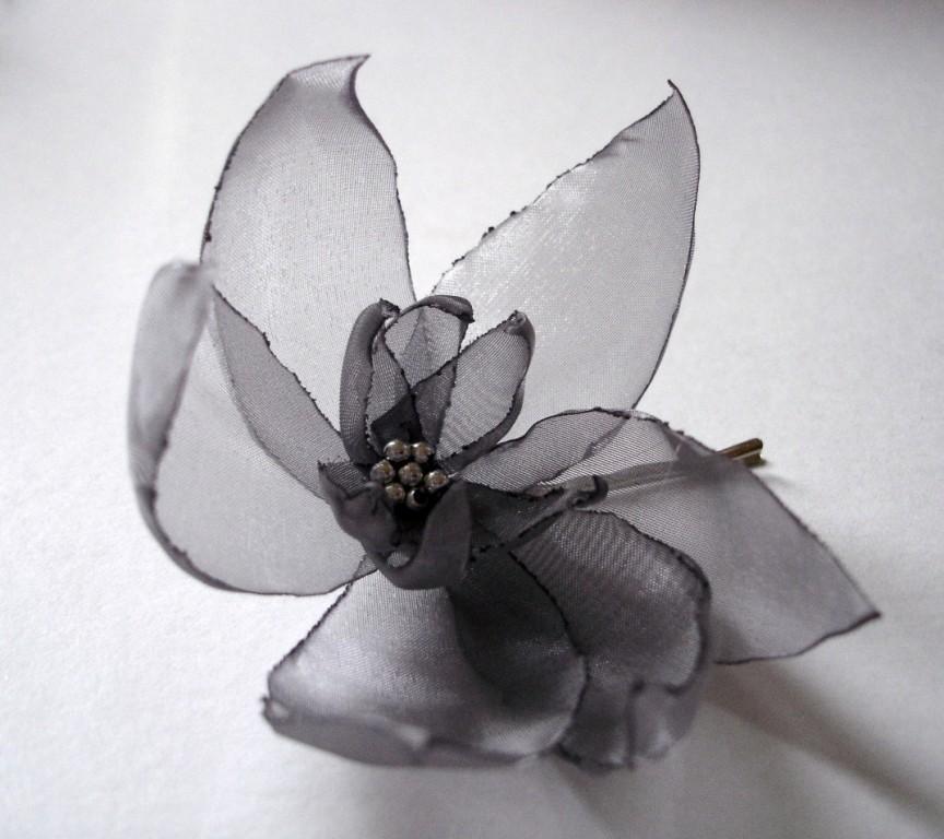 Wedding - romantic silver  lilium christmas flower bobby pins