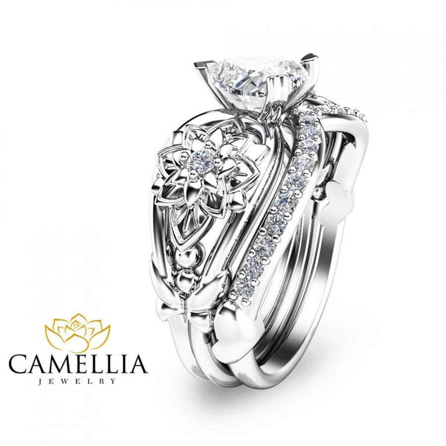 Hochzeit - Heart Shaped Diamond Engagement Ring Set 14K White Gold Engagement Rings Natural Diamond Flower Rings