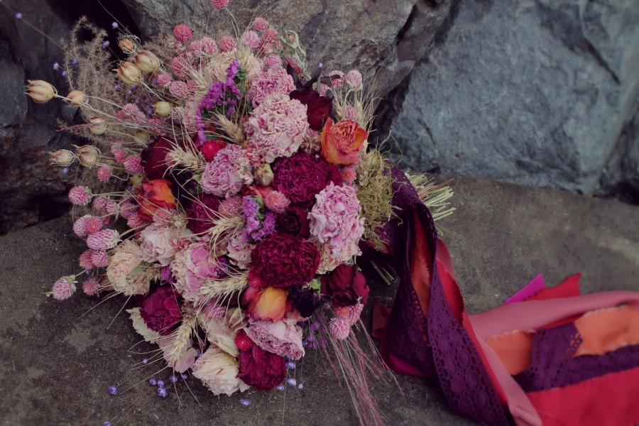 Свадьба - custom dried bridal bouquet, jewel tone bouquet, berry tone bouquet, dark pink bouquet, peach, orange and pink bouquet, dried flower bouquet