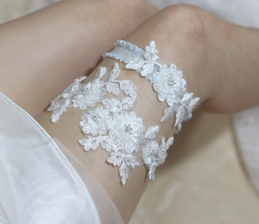 Mariage - Blossom garter set, bride garter set, wedding garter set, lace garter set, bridal lingerie, wedding garter belt