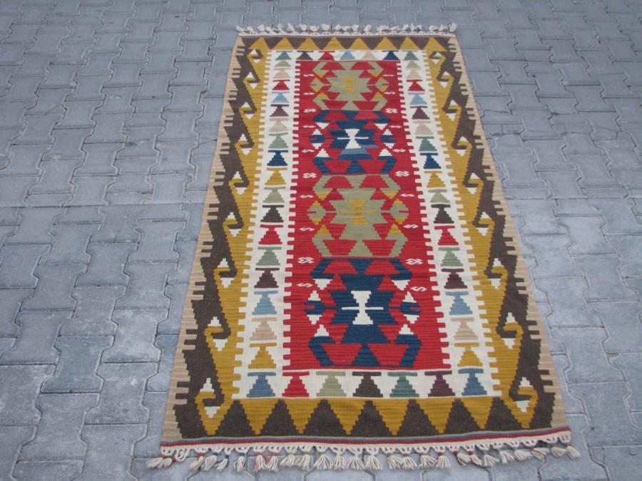 Wedding - TURKISH KILIM-VINTAGE Turkish Kilim Rug-Kelim-Kilim Rug-Living Room Kilim-Area Rug-Hands on the Hips Design Kilim-Tribal Colorful Kilim Rug