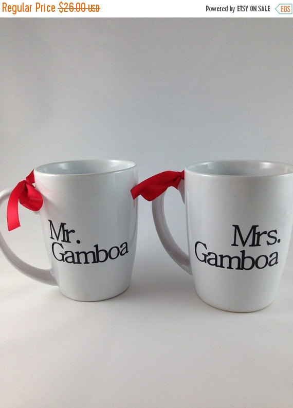 Mariage - SALE Mr and Mrs Coffee Mug Set, Engagement Gift, Newlywed gift, bride and groom gift, bridal shower gift, wedding