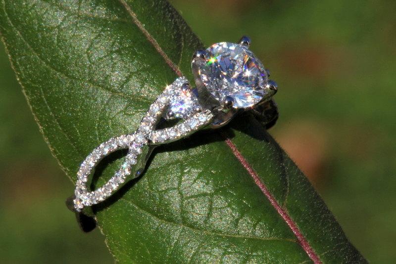 Свадьба - Diamond Engagement Ring - 1.50 carat Round - Pave - Antique Style - 14K white gold - Weddings- Luxury- Brides - bp003
