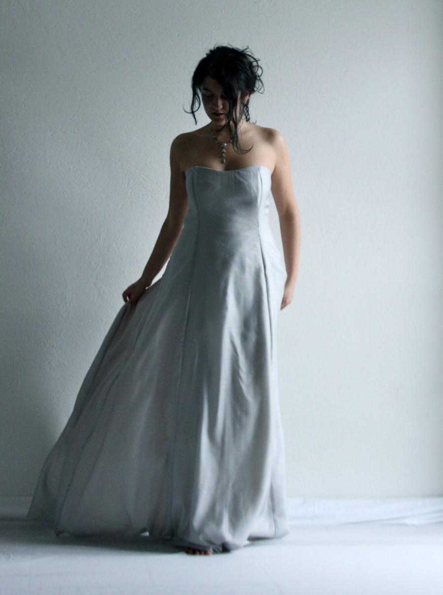 Mariage - Wedding Dress, Wedding Gown, Ice blue Wedding Dress, Bridal gown, Princess wedding gown, ballgown, Aline wedding dress, Silk wedding dress