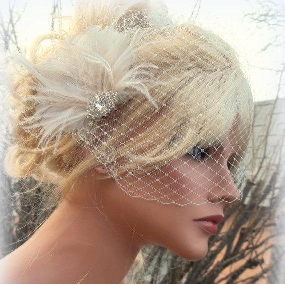 Свадьба - Wedding Fascinator, Bridal Veil, Great Gatsby Style, French Net Veil, Ivory Feather Hair Clip, Bridal Comb Wedding Hair Clip Ivory Bridal