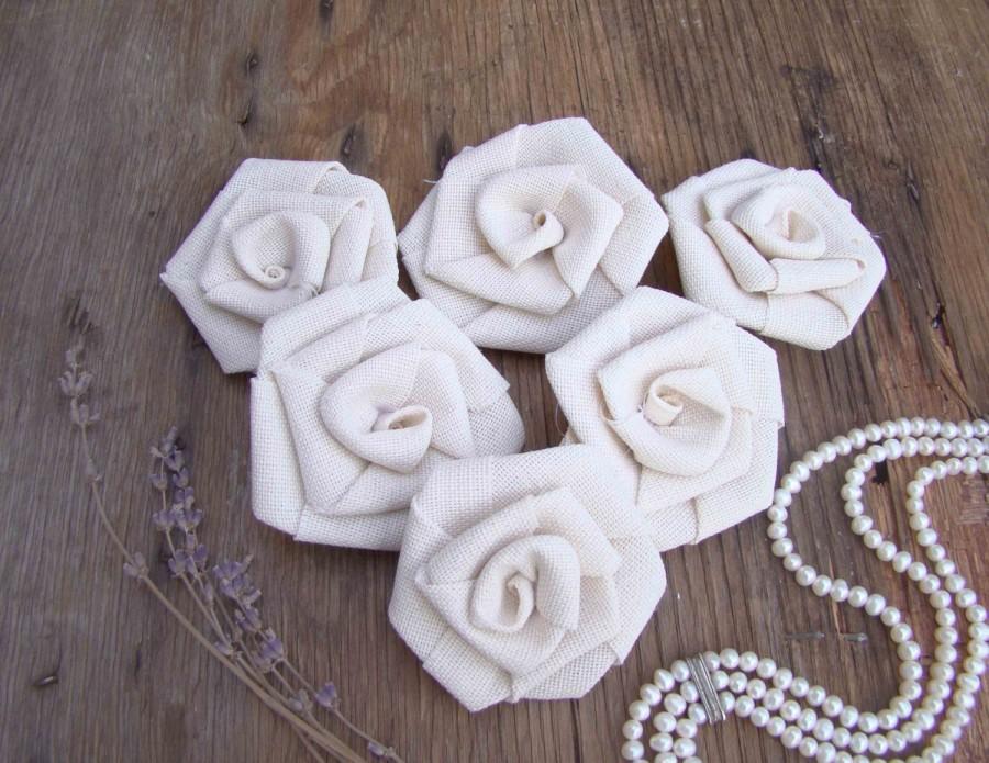Свадьба - Set of 6 Ivory Roses Rustic Wedding Decor Hessian Fabric Rosettes Burlap Wedding Party Decor Wedding Bouquet