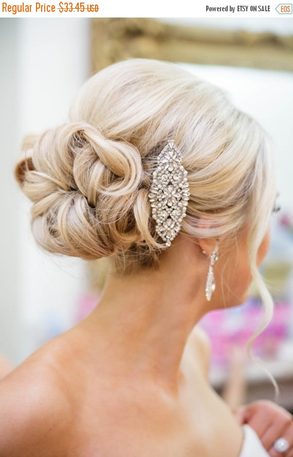 Свадьба - SALE20%-LIMITED TIME Bridal Hair Comb, Crystal and Pearl Comb, Wedding Hair Comb