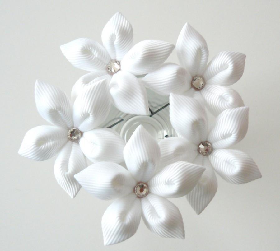 Mariage - White flower hair pins for bride, Wedding hair flowers Bridal hair accessories Bridal Hair Pins.Set Of 5 White Stephanotis Hair Pins