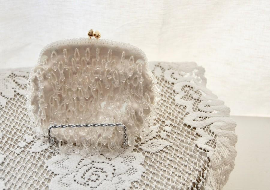 زفاف - Vintage 1950s Evening Bag - White Satin Purse - Glass Crystal Beaded - Clutch Bag - Bridal Wedding - Made in Hong Kong