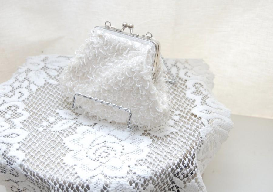Mariage - Vintage 80s Evening Bag - LA REGALE - White Satin Beaded Purse - Bridal Purse - Wedding Handbag - Made in China