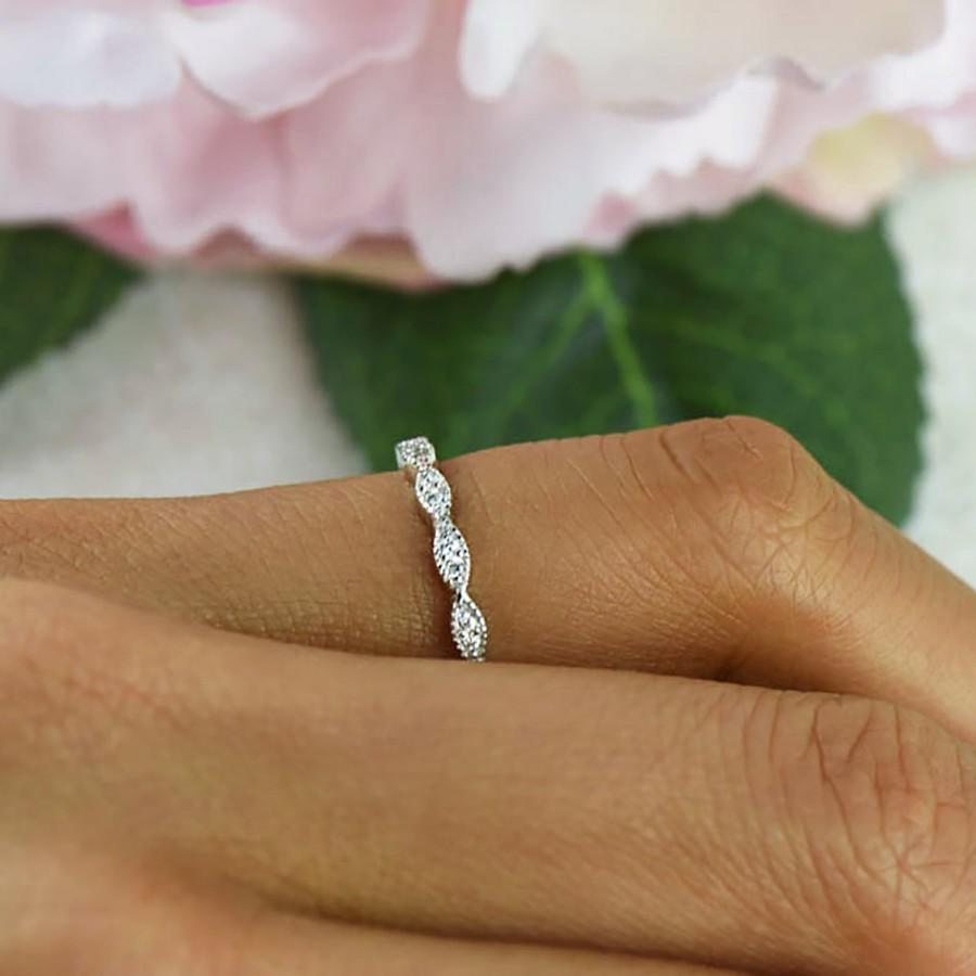 زفاف - Art Deco Wedding Band, 1.5mm Engagement Ring, Half Eternity Band, Vintage Style Wedding Ring, Man Made Diamond Simulants, Sterling Silver