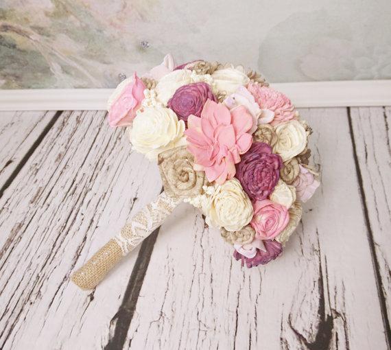 Свадьба - MEDIUM pink purple pale lavender ivory cream brown rustic wedding BOUQUET Flowers, sola roses, Burlap Handle, sorghum, custom