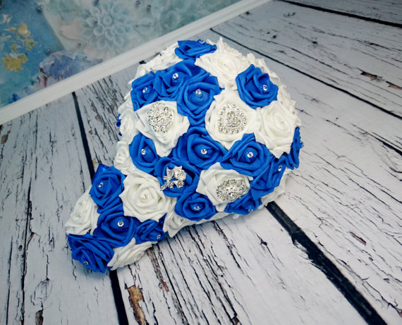 White Royal Blue Foam Roses Sparkle Brooch Silver Navy Flower