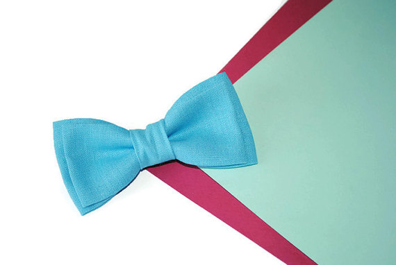 Mariage - Blue linen bow tie Blue wedding groom's outfit Groomsmen gift set Blue linen self tie bowtie Anniversary gifts Hubby gift ideas Unusual ties