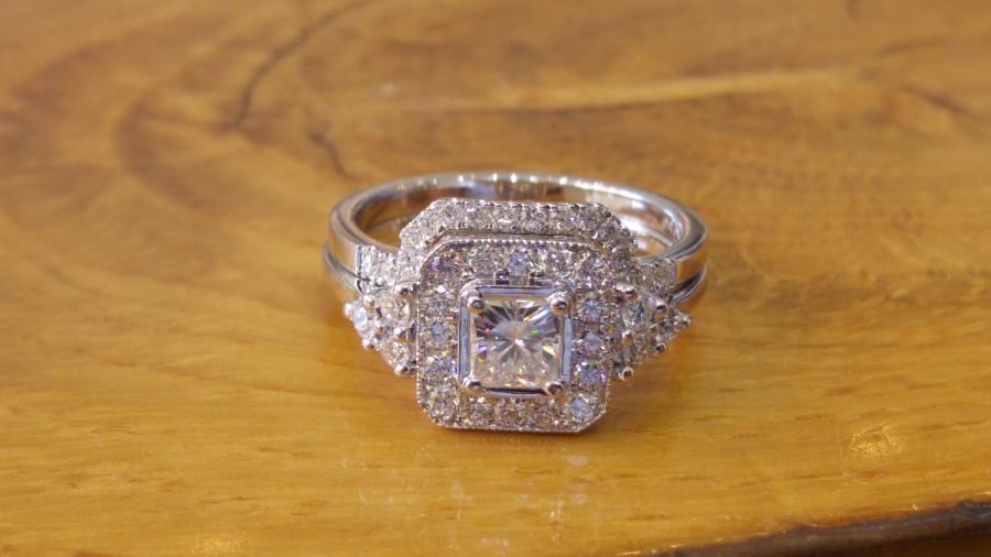 زفاف - 14k White Gold 1.00 Carat Moissanite and Diamonds Wedding Set, Forever One VVS D color Princess Cut Moissanite Ring