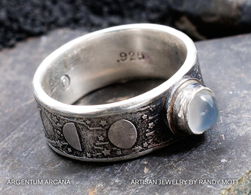 Mariage - Moon Phase Ring with Moonstone - Unique Handmade Etched Sterling Silver Moon Ring - Rustic Old World Style Moon Phase Ring - Hand Crafted