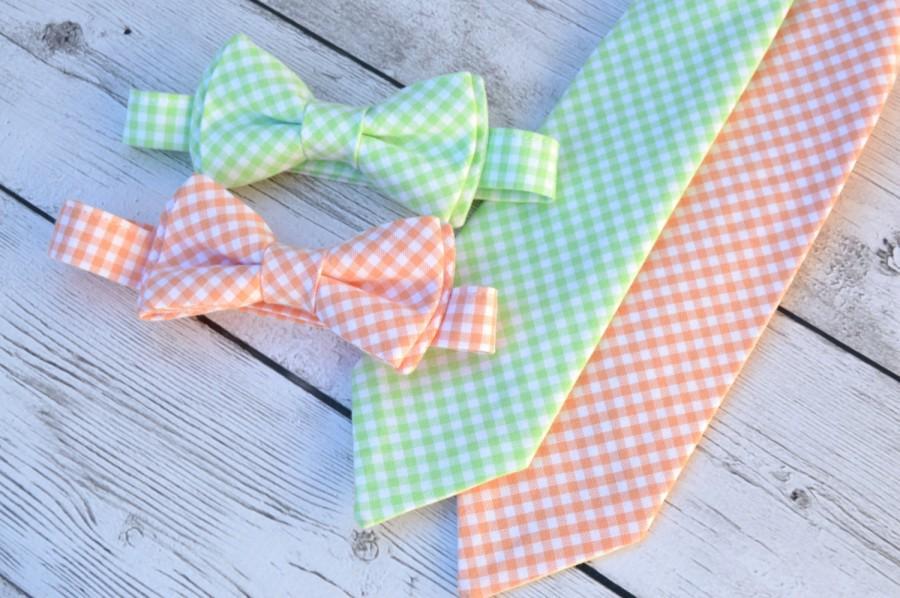 Mariage - Groomsmen bow tie, boys mint necktie, peach tie, ring bearer outfit, wedding bow ties, mint bow tie, peach bow tie, boys wedding outfit