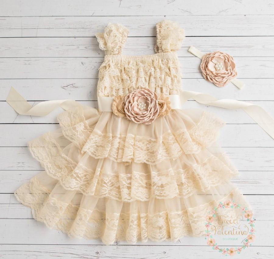Düğün - Rustic flower girl dress, junior bridesmaid dress, country flower girl dress, champagne flower girl dress, shabby chic country wedding