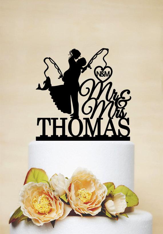 زفاف - Fishing Cake Topper,Mr & Mrs Cake Topper With Last Name,Wedding Cake Topper,Custom Cake Topper,Hooked on Love,Initials Cake Topper- C169