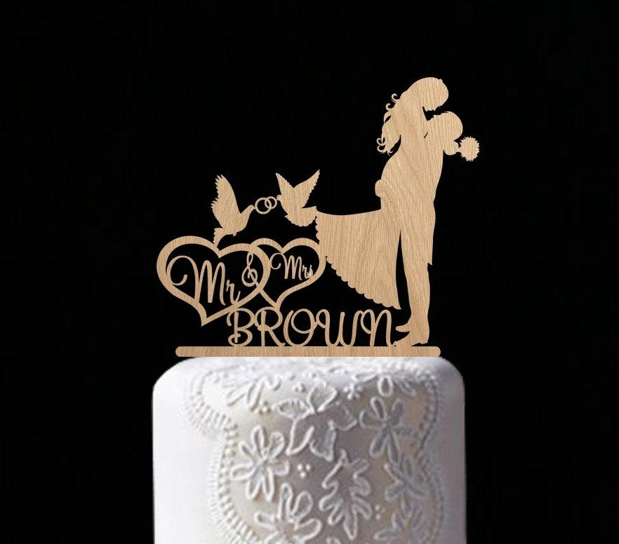 Mariage - mr and mrs name customised cake topper wedding cake topper monogram cake topper dove engagement topper personal wedding cake decoration gold