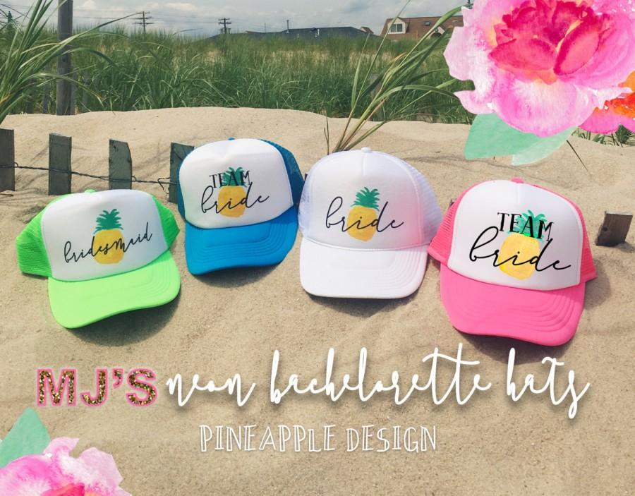 Mariage - NEON Bachelorette Party Hat / PINEAPPLE Bridesmaid Neon Trucker Cap / Pool Party /Vegas Miami / Beach Vacation / Bridesmaid Hat