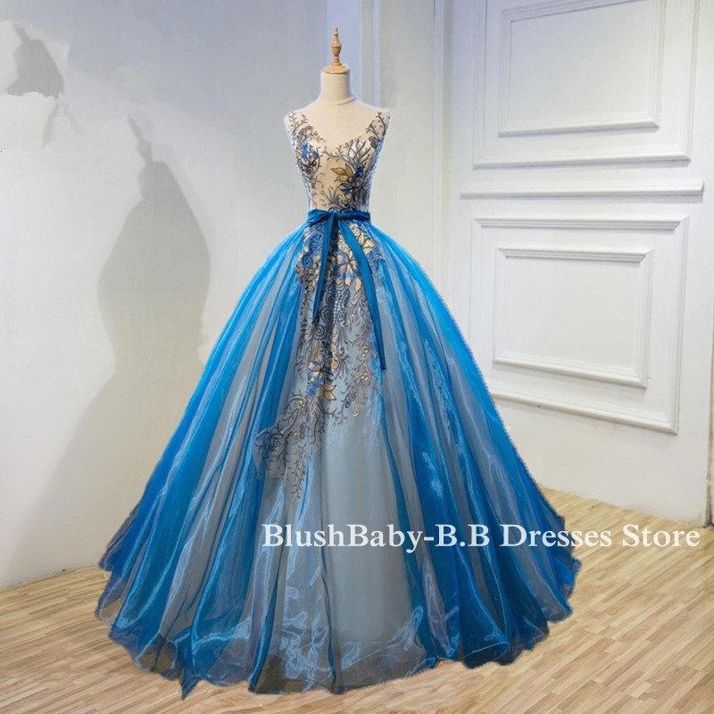Mariage - Champagne Blue Prom Ball Gown 2017Hand Made Sheer Back Embroidery Applique Tulle Prom Party Dress Women Formal Evening Dress Bride Wedding