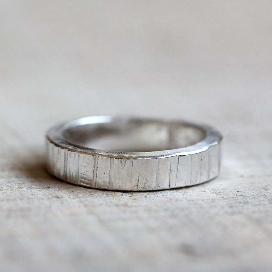 Hochzeit - Men's wedding ring tree bark ring