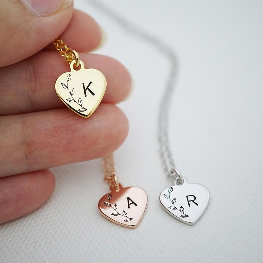 Mariage - Heart Personalized Necklace Initial Necklace Heart necklace Bridesmaid Gift Dainty charm necklace Bridesmaid necklace gift for her Wedding