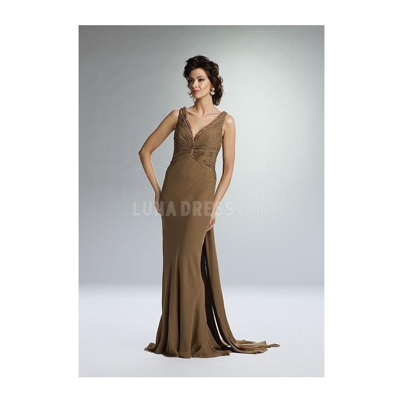 Свадьба - Awesome Chiffon Sheath/ Column Sleeveless V Neck Brush Train Mother of the Bride Dress - Compelling Wedding Dresses