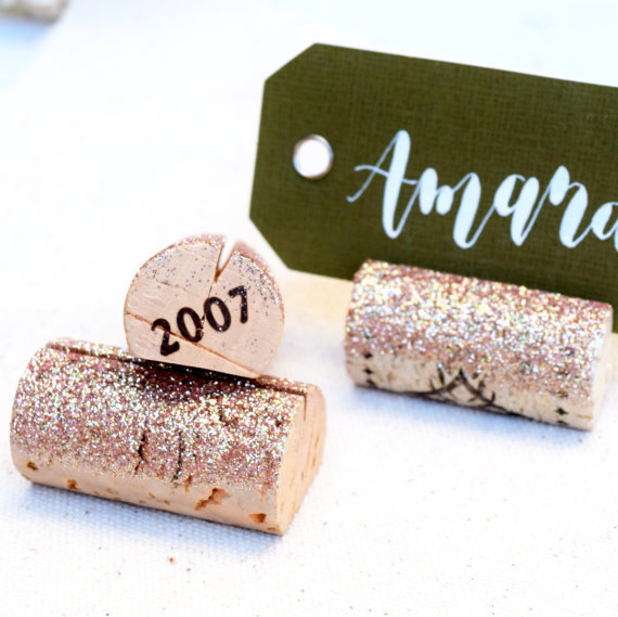 Mariage - Champagne Gold Place Card Holder, Holiday Table Decorations, Wine Tasting Party, Wedding Name Card Holders, Wine Themed Gifts, Wine Theme
